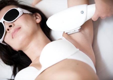 Dauerhafte Haarentfernung bei Alexia Höfinger Beauty Lounge & Spa